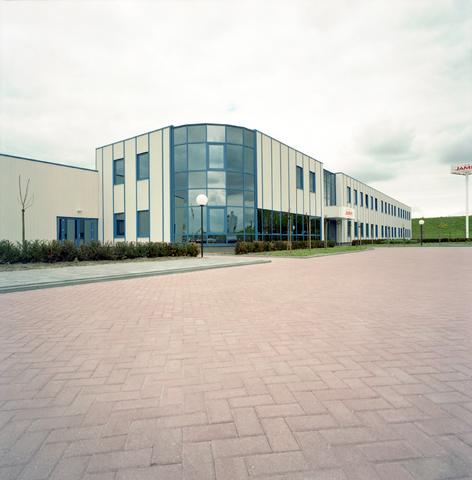D-002459-1 - Bedrijfspand Jamin Winkelbedrijf B.V. in Oosterhout.