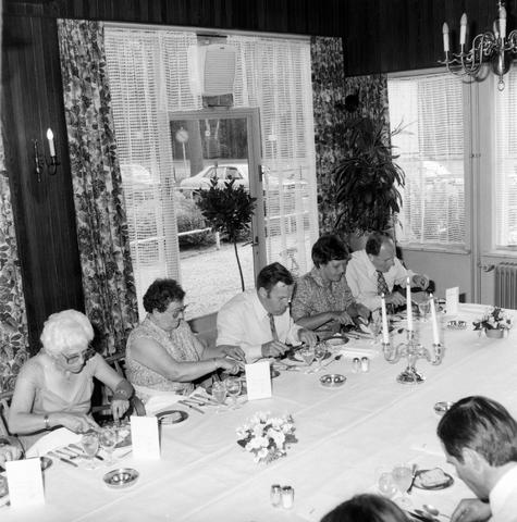 1237_012_986_003 - Viering van een jubileum van textiel firma Van Besouw bij restaurant Boschlust in Goirle in juni 1980.