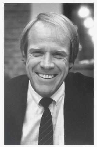 90990 - Made en Drimmelen. Raadslid F.J.M. Stoffels (Combinatie '74) tijdens raadsperiode 1986 - 1990