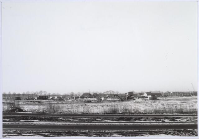026474 - Bouwrijp maken van een terrein aan de Moersedreef in de nieuwbouwwijk Reeshof.