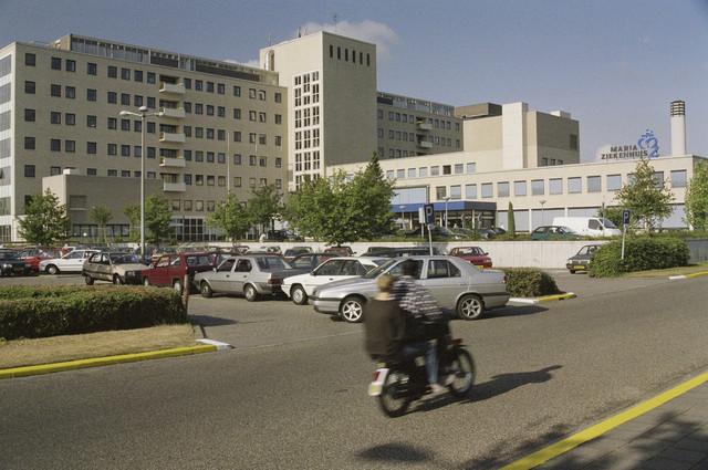 TLB023000909_001 - Gevel Maria Ziekenhuis, gezien vanaf de Doctor Eijgenraamstraat.