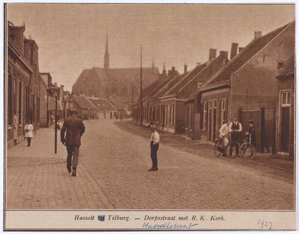 020419 - Hasseltstraat in 1927, gezien in de richting van het Wilhelminapark. Op de achtergrond de kerk van Onze Lieve Vrouw van de H. Rozenkrans van de parochie Hasselt