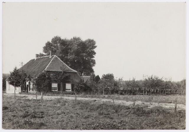 056677 - Boerderij aan de Bergstraat