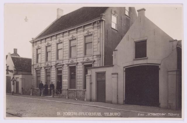 037388 - St. Joseph Studiehuis aan het Lijnsheike, nu Oude Lind.