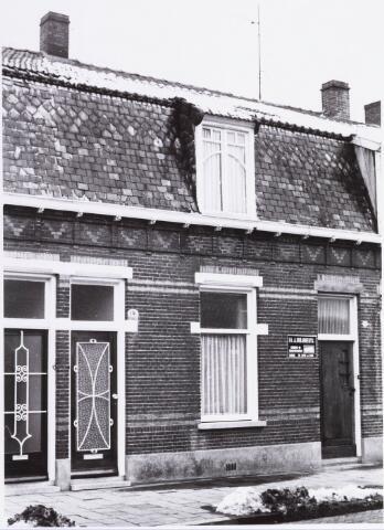 034400 - Het pand Lijnsheike 118a; thans heet dit deel van de straat Von Weberstraat. De meeste huizen aan het Lijnsheike zijn inmiddels gesloopt.