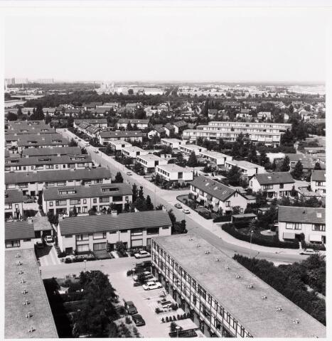 036420 - Panorama van Tilburg vanaf de flat aan de Hoffmannlaan.