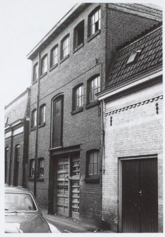 025541 - Oud pakhuis in de Langestraat anno 1971
