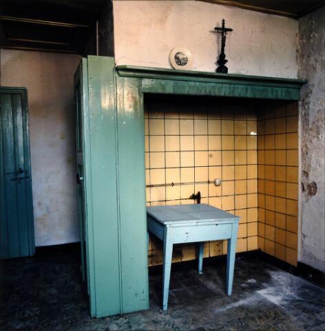054521 - Interieur bakhuis boerderij Elings-Dirkx, Doelenstraat 72, gesloopt in 1999.