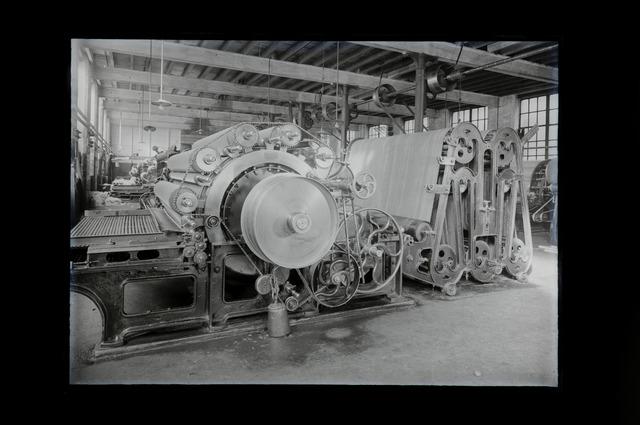 654612 - Industrie. Interieur textielfabriek Thomas de Beer.