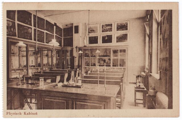 001782 - Onderwijs. Oude Dijk, 'physisch kabinet' van de kweekschool van de zusters van liefde.