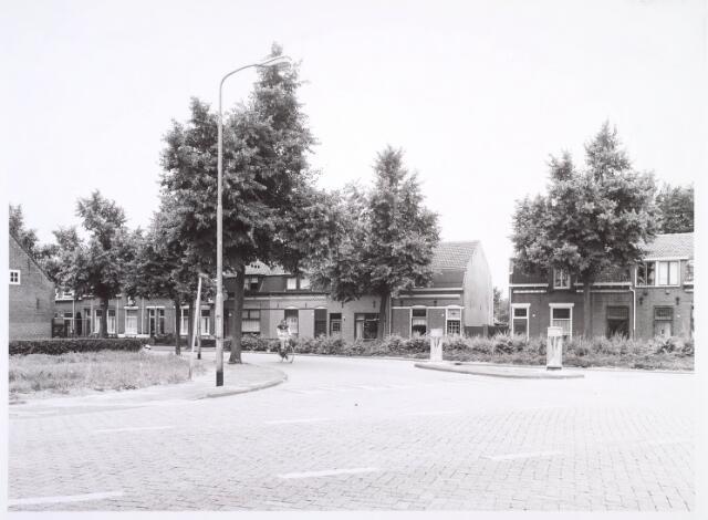 018796 - Generaal Winkelmanstraat gezien vanaf de kruising met de Oude Goirleseweg (links) en Laarstraat (rechts)