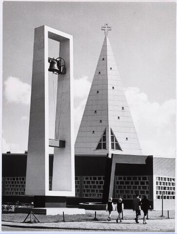 029144 - Parochiekerk St. Maarten aan Prof. Verbernelaan