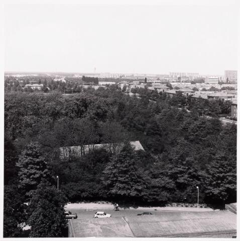 "036708 - Panorama van Tilburg vanaf de torenflat ""Vredeburcht """