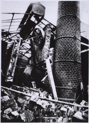 023069 - Textiel. Brand bij kunstwolfabriek J. A. Berghegge & Zn. in de St. Josephdwarsstraat begin februari 1933
