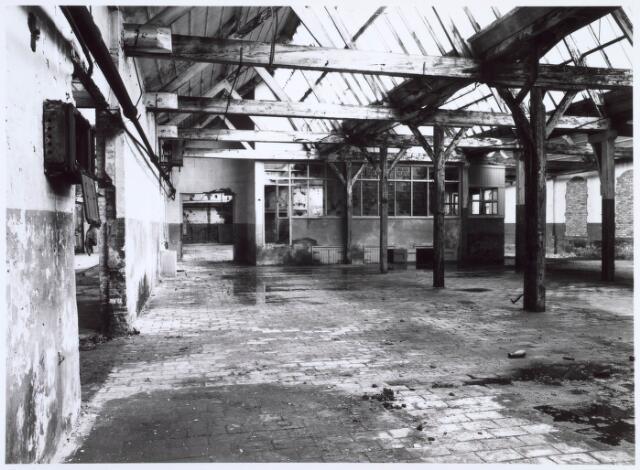 019259 - Interieur van een gebouw van de voormalige wollenstoffenfabriek C. Mommers