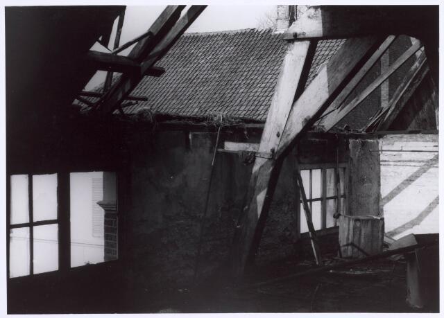 022179 - Textiel. Sloop van wolspinnerij Pieter van Dooren aan de Hilvarenbeekseweg in 1975
