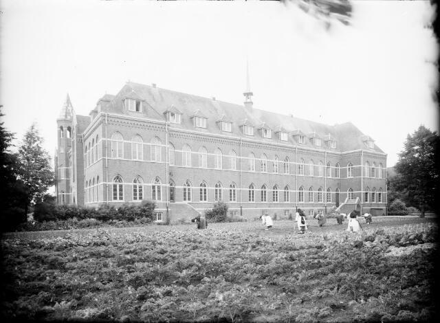 604554 - Trappistinnenabdij O.L.V. van Koningsoord te Berkel-Enschot.