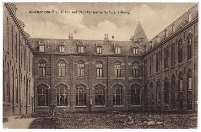 001426 - Binnenplaats aan de achterzijde van het retraitehuis en klooster van O.L.V. van het Cenakel aan de Koningshoeven, nu Kempenbaan.