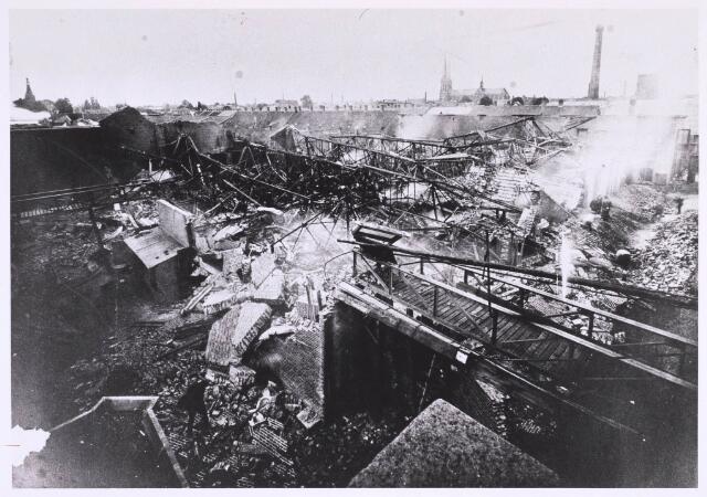 022699 - Textiel. Brand bij W. Brands aan de Hoogvensestraat op 28 augustus 1920