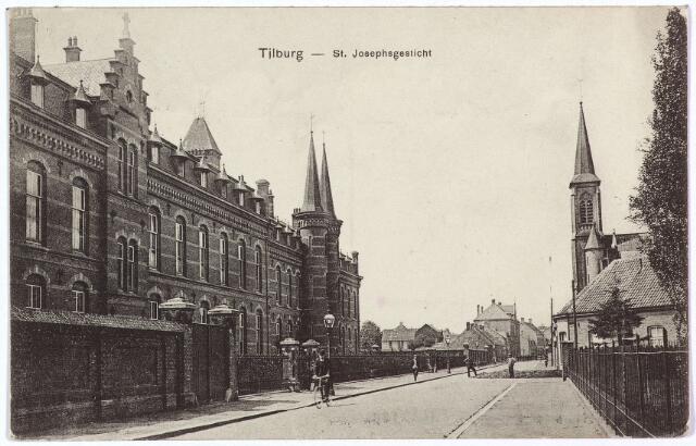 001566 - Lange Nieuwstraat in westelijke richting. Links het St. Josephsgesticht, geopend in 1888 en gebouwd onder architectuur van Hubert de Beer. De eerste steen werd gelegd op 19 maart 1887 door pater M.F.S. de Beer, superior-generaal van congregatie der fraters van Tilburg. Voor de bouw moest het zogenaamde 'Nieuwe Diep' gedempt worden. Dit gebeurde door ingezetenen van Tilburg, die 18.000 karren sintels, steenpuin en grond aanvoerden. Rechts het torentje van het clarissenklooster. Het St. Jozefgesticht werd geopend als een succursaal van het R.K. Gasthuis aan de Gasthuisstraat.