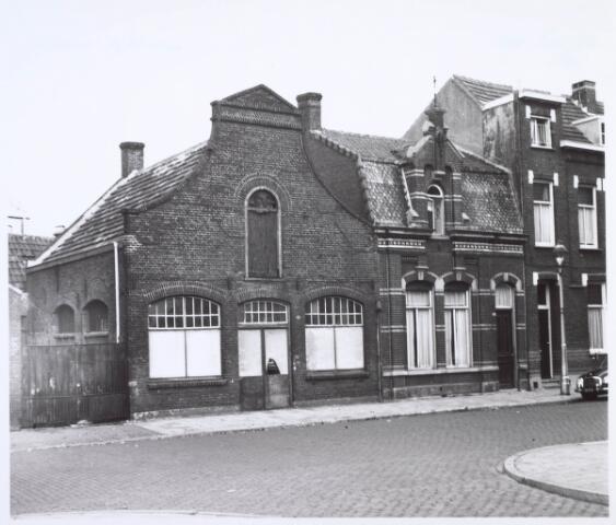019931 - Panden aan de Industriestraat, thans Hart van Brabantlaan