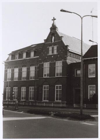 024542 - Voormalig klooster aan het Korvelplein