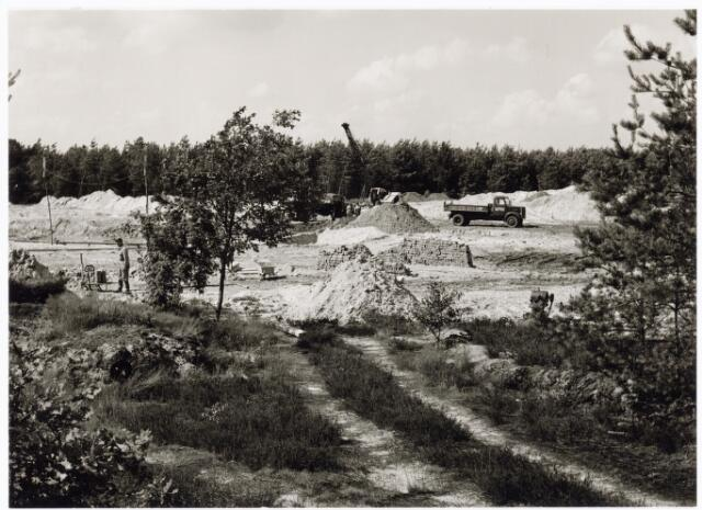 039207 - Volt. Noord. Algemeen, Gebouwen, Nieuwbouw. Het bouwrijp maken voor de bouw van hal ND  in 1963 t.b.v. de gereedschapmakerij.