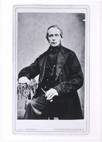 006222 - Vermoedelijk Jan Baptist Vorselaars geboren te Tilburg 28 mei 1793 van beroep machinister, hij trouwde met Adriana Beerens te Tilburg op 20 april 1820, hij overleed aldaar op 4 juni 1866.