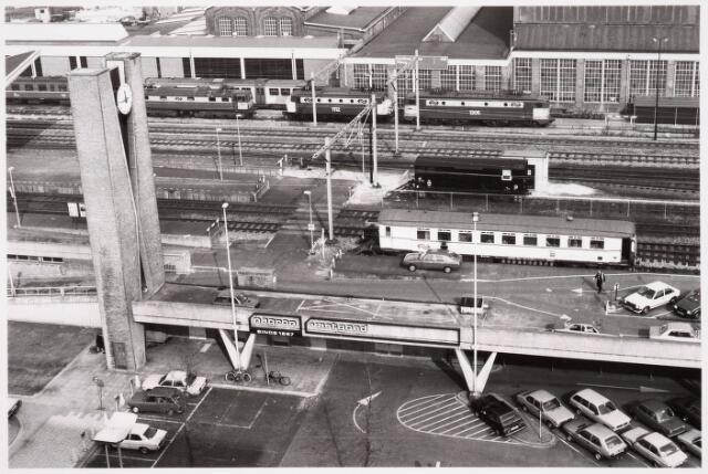 036629 - Panorama van Tilburg vanaf de flat aan de Spoorlaan 392