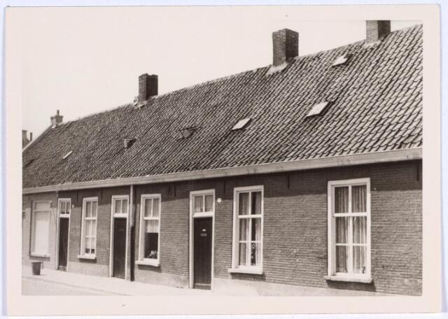 022509 - Panden Van Hogendorpstraat 17, 19 en 21 (van rechts naar links)