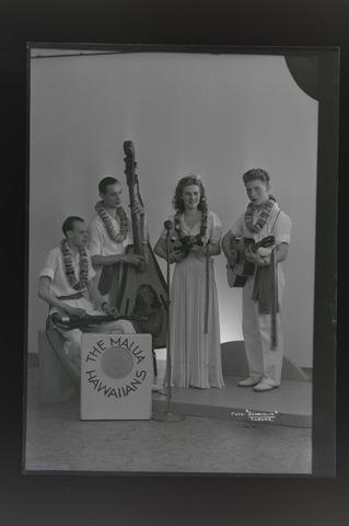 654534 - Cultuur. Muziekgroep. The Malua Hawaiians.