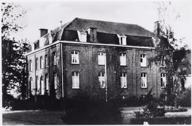046511 - Voormalig klooster van de paters van de H. Familie op Nieuwkerk
