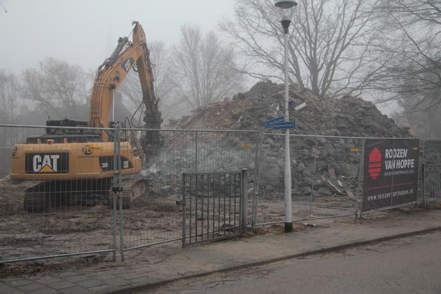 658279 - Onderwijs. Basisschool. De sloop van het oude gebouw van de Sint Caeciliaschool in Berkel-Enschot in 2018.
