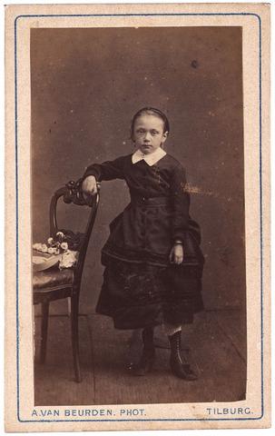 003505 - Antonetta Maria de Beer (1866-1949), dochter van Norbertus de Beer (1831-1915) en Johanna Maria Huberta de Beer-Donders (1840-1909)