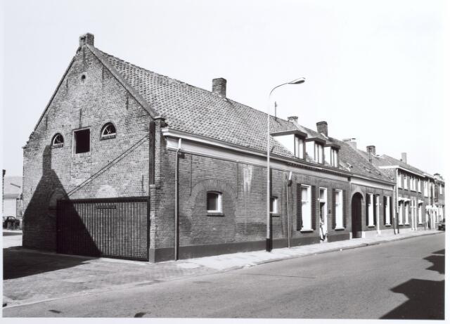 015297 - Panden Bisschop Zwijsenstraat 101 (links) en 103 (rechts)