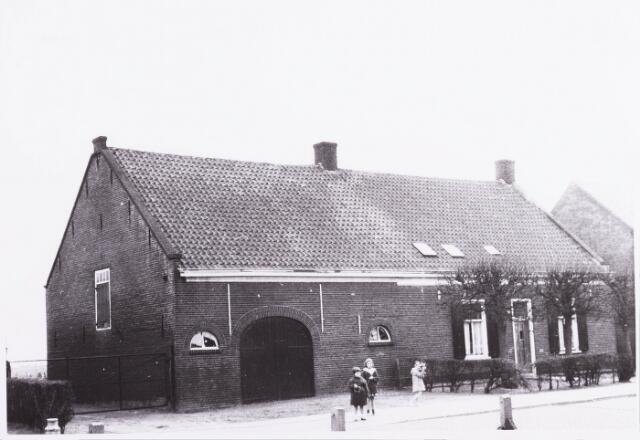 034378 - Een boerderij aan het Lijnsheike, thans Von Weberstraat