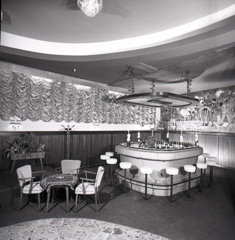 654624 - Interieur. Bar.