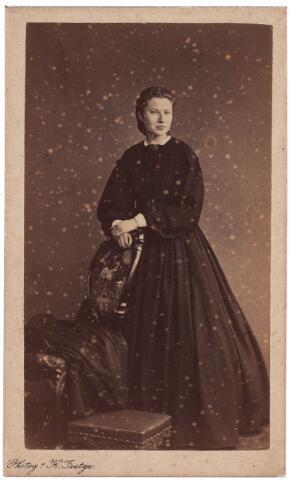 003697 - Maria Magdalena Cornelia Dorothea (Madeleine) BOGAERS, dame du Sacré Coeur, geboren te Tilburg op 24 juni 1844, overleden te Antwerpen op 9 juni 1908.