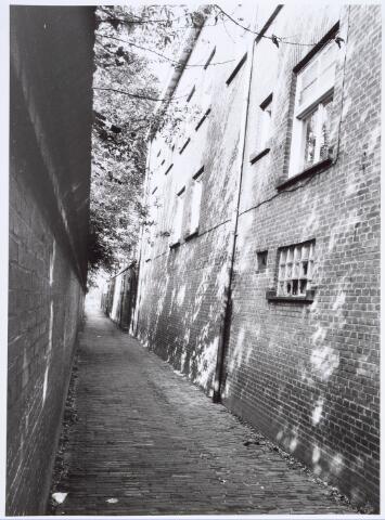 019156 - Het ´Zusterstraatje´, bezien vanuit de Goirkestraat