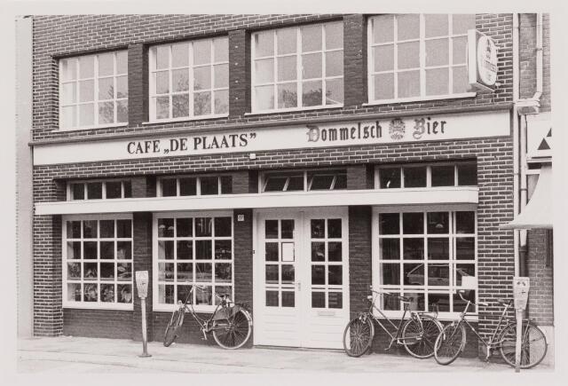 040515 - Café De Plaats, Piusplein 61.