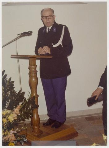 89047 - Toespraak dhr Mosterd bij de installatie van de  nieuwe burgemeester van Terheijden: dhr. J. van Maasakkers