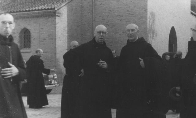 105230 - Ontvangst van gasten Kloosters. Sint Paulusabdij.