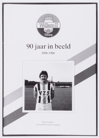 "053998 - Sport,Voetbal, Willem II, Omslag boek ""90 jaar in beeld"" 1896-1986"