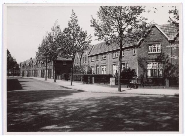017868 - Schaepmanzijstraat, thans Dr. Mollerstraat, omstreeks 1949