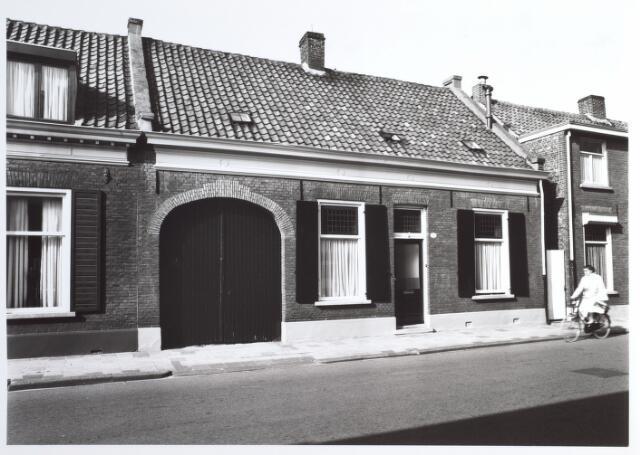 015295 - Pand Bisschop Zwijsenstraat 101