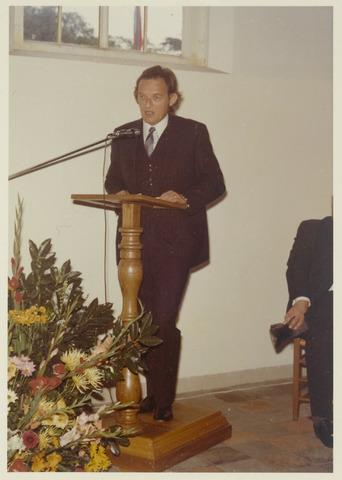 89087 - Toespraak bij de installatie van de nieuwe burgemeester van Terheijden: dhr. J. van Maasakkers