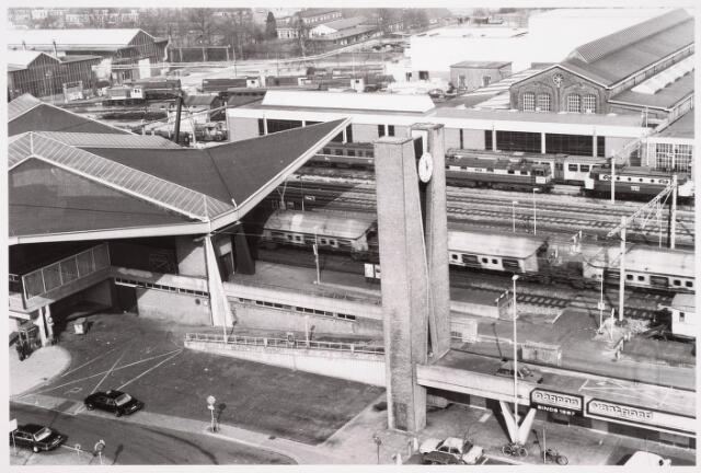 036626 - Panorama van Tilburg vanaf de flat aan de Spoorlaan 392