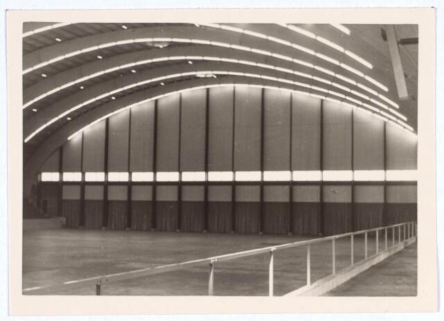 019788 - Interieur van de stadssporthal aan de Goirleseweg