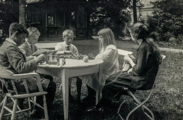 1700_35_003 - Familiefoto. Familie Diepen