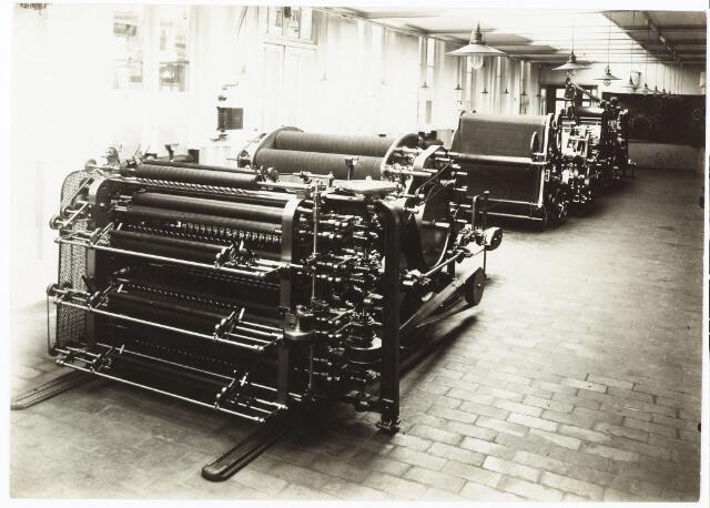052137 - Onderwijs. Textielschool. Een afdeling van de Ambachts- en Industrieschool aan de Spoorlaan.